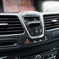 car-dashboard-interior-of-modern-car-black-cockpit-with-button-and-picture-id1125287968-min